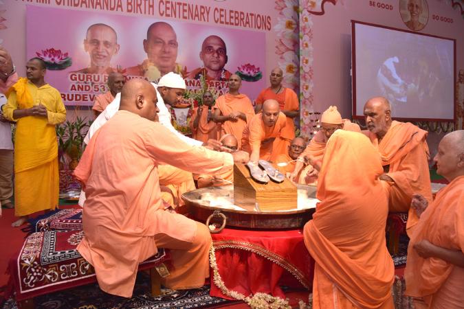 53SadhanaweekAradhana2016 (129)
