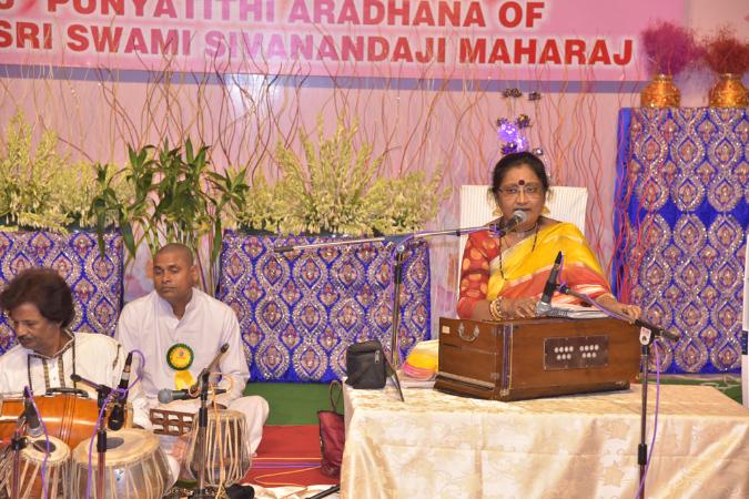 53SadhanaweekAradhana2016 (191)