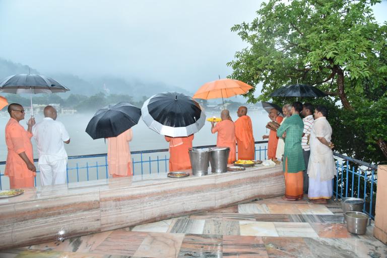 55tharadhana (104)