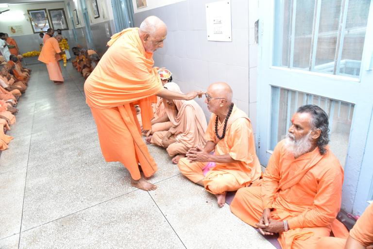 55tharadhana (72)