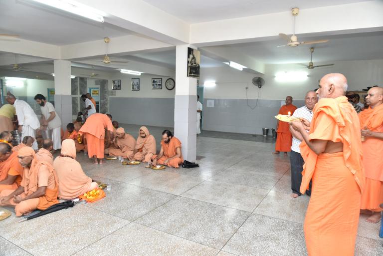 55tharadhana (84)