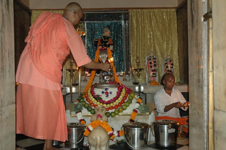 annabhishek-2013-33
